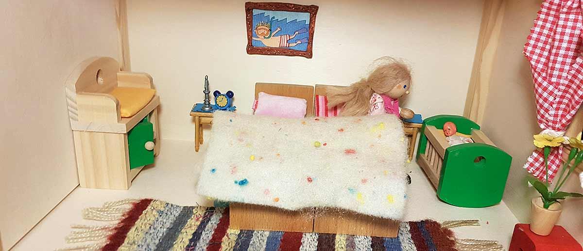 Puppenhaus-Schlafzimmer.jpg